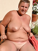 Nude sunbathing fat grannies who are a nudists - Chubby Naturists