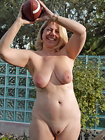 Happy nudist older ladies completely naked outdoors - Chubby Naturists